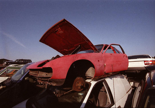 Wrecked_car